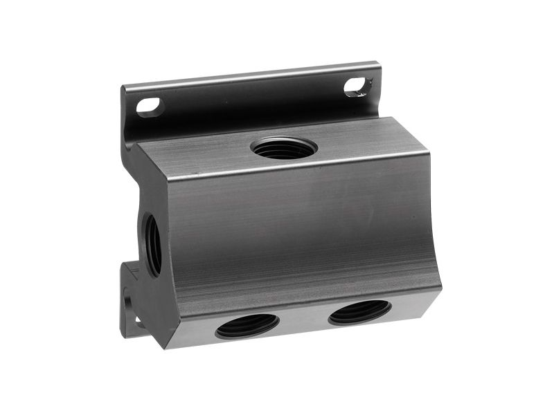 Wall mount manifold 4 outlets 1/2